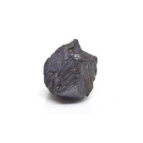 Magnetita mineral en bruto