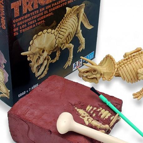 "Excavadinos Triceratops ""Paleontologia"""