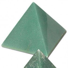 PIRÁMIDE DE AVENTURINA VERDE 2,5 - 3 cm